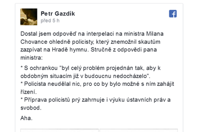 Policista hymnu na Hradě nezakázal, odpověděl na můj dotaz ministr